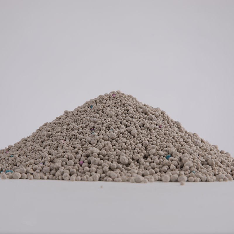 Clump dust free natrual bentonite clay cat litter in China manufacture