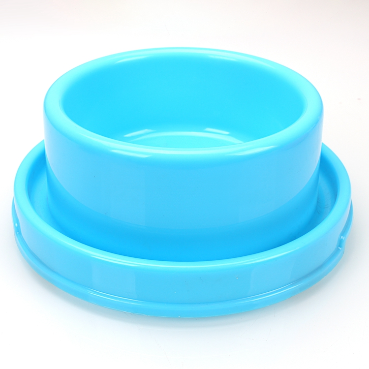 raised dog bowls.JPG